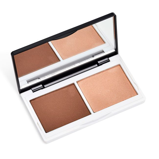 Lily Lolo Sculpt & Glow Contour Duo: Gluten free, vegan.  Meet the totally foolproof trick to glowing skin, enviable contours and sky-high cheekbones. Sculpt & Glow Contour Duo gives nature a helping hand, creating a flawless, beautifully defined and cont